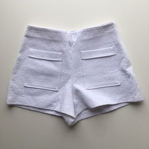 Zara Trafaluc White Pocket Front Shorts Size Med